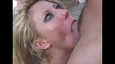Hot Milfs deepthroat oral cumeating