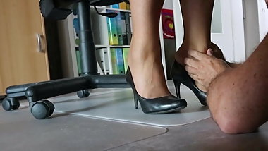 Nylon feet love in the office under the desk