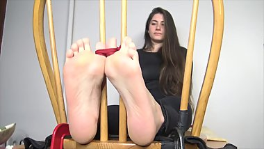 Tickle Room girl feet tickle.(Add me to share videos)