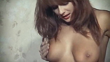 THE GIRL WITH THE GOLDEN TITS - vintage British striptease
