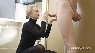 lilu+makes+the+fucker+cum+3+times_720p.mp4