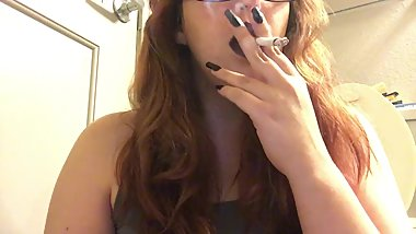 Sexy Chubby Goth Teen Smoking Red Cork Tip 100 Cigarette in Purple Lipstick