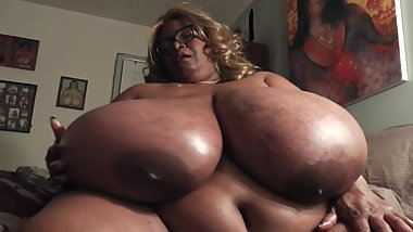 Huge Tits Playing
