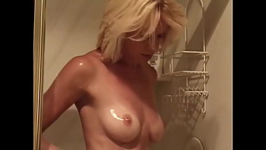 Beverly Lynne - nude sex and shower scene