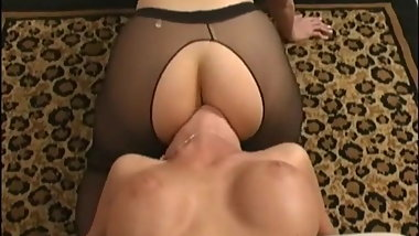 Lesbo Femdom Face Sitting Luscious Mckenzee P2