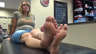 Sexy Milf With Orange Toes