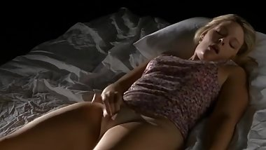 blonde_rubbing_pleasure